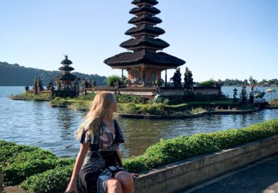 Travel experience on Bali Island, Indonesia every month is super detailed